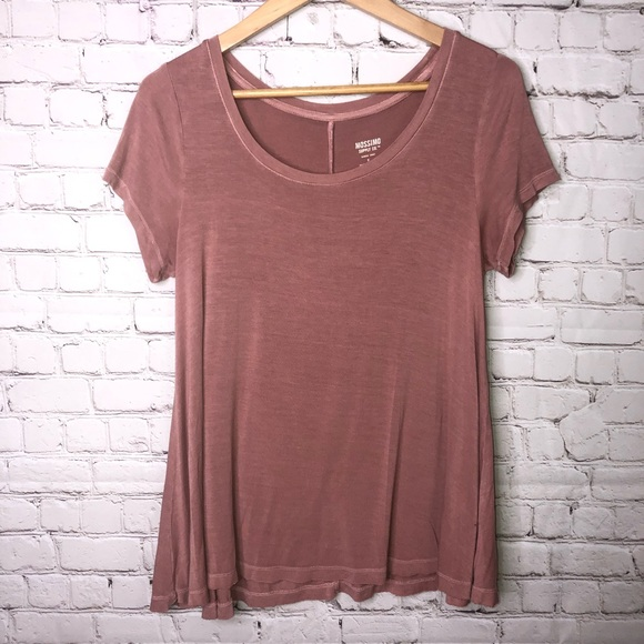 Mossimo Supply Co. Tops - Mossimo Flowy T-shirt